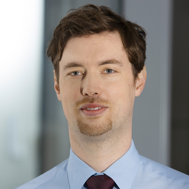 Dr. Simon Lang